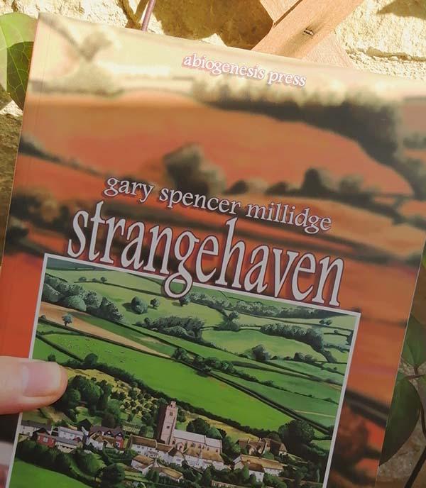 Strangehaven trade paperback Brotherhood, in shadow